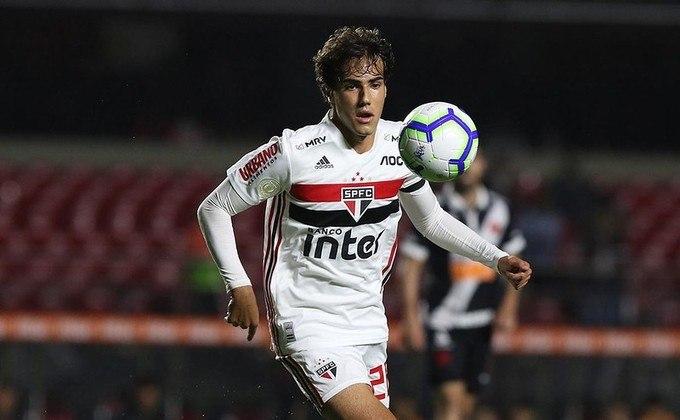 Em abril, seu empresário Wagner Ribeiro afirmou que a multa do jogador é de 80 milhões de euros (cerca de 522 milhões de reais). No entanto, ele pode sair por uma oferta na casa dos 25 milhões de euros (cerca de 163 milhões de reais).
