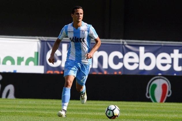 EM ALTA - Luiz Felipe - Zagueiro - Lazio - O brasileiro está se destacando na Itália e, pelas boas atuações na Lazio, poderia receber uma chance de Tite.