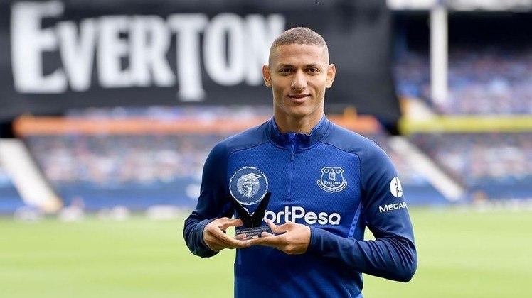 EM ALTA - Richarlison - Atacante - Everton - O Everton está na briga por uma vaga na próxima Champions League e Richarlison tem parcela na boa campanha do time. Nos últimos três jogos, ele marcou três gols.