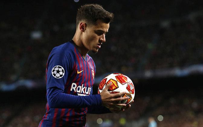EM BAIXA -Phillippe Coutinho - Meia - Barcelona - Coutinho começou bem a temporada, mas sofreu uma lesão no menisco e ficará fora da convocação.