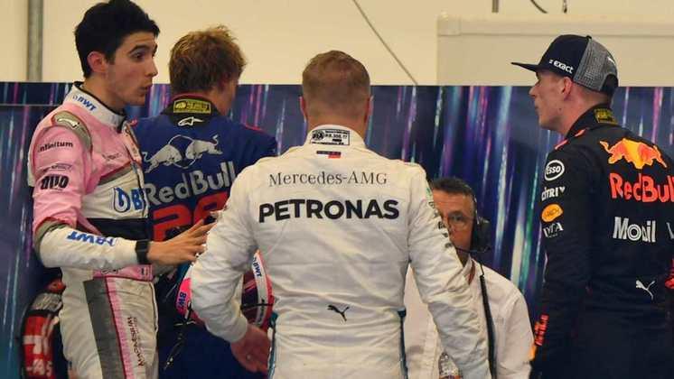 Em caso mais recente, Max Verstappen aplicou empurrões em Esteban Ocon no GP do Brasil de 2018. O holandês ficou irritado após um toque com o francês, que o tirou da liderança da corrida