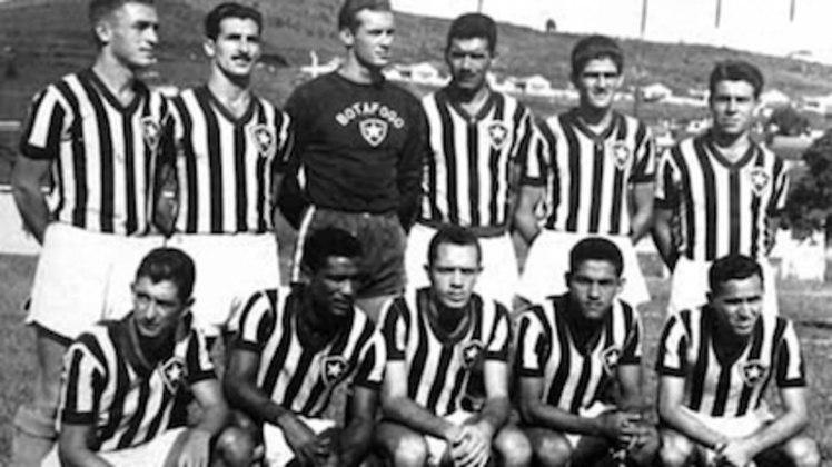 Em dezembro de 1957, o Botafogo goleou o Flu por 6 a 2, na decisão do Campeonato Carioca, aplicando a maior goleada sobre o Tricolor na era do profissionalismo. A partida foi marcada por um show de Paulo Valentim, autor de três gols, sendo um de bicicleta