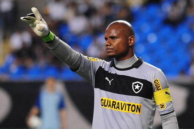 Em duas passagens pelo Botafogo (entre 2003 e 2005 e 2009 e 2018), JEFFERSON disputou 459 partidas pelo Botafogo. Conquistou três campeonatos estaduais e a Série B de 2015 pelo Glorioso.