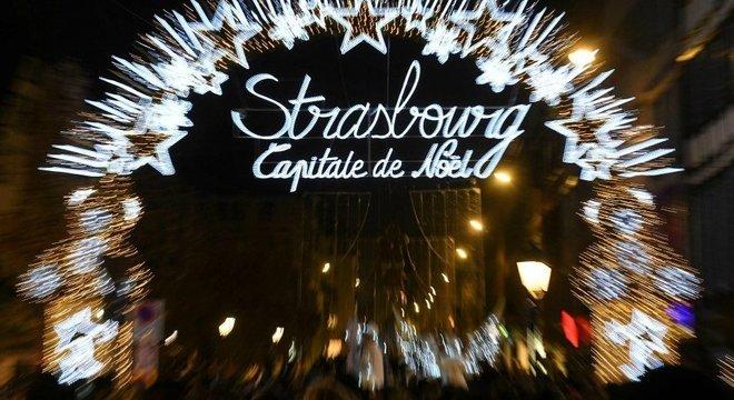 O mercado de Natal de Estrasburgo é um dos mais antigos da França e foi alvo de um ataque nesta terça-feira