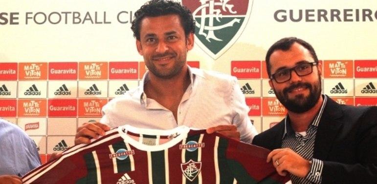 Em janeiro de 2015, apesar da saída do então patrocinador Unimed, Fred renova com o Fluminense.