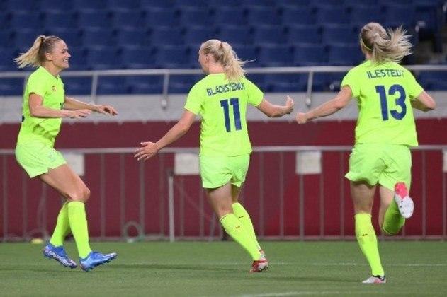 Em jogo de duas viradas, a Suécia derrotou a Austrália e se classificou para a próxima fase do futebol feminino. A equipe europeia venceu por 4 a 2, pela segunda rodada do Grupo G, e chegou aos seis pontos.