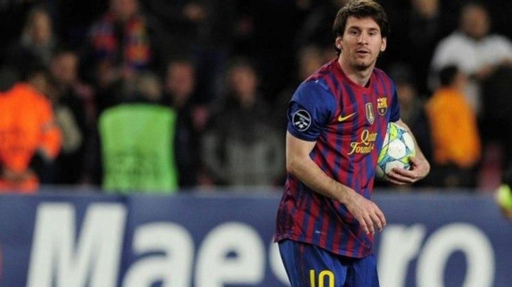 Em mais um momento surreal do craque pelo Barcelona, Messi marcou cinco gols na mesma partida, quando o Barça goleou o Bayern Leverkusen por 7 a 1.