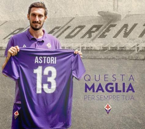 Em março de 2018, Davide Astori faleceu antes de uma partida da Fiorentina. Como homenagem, o clube italiano aposentou a camisa 13. O Cagliari também realizou o mesmo feito