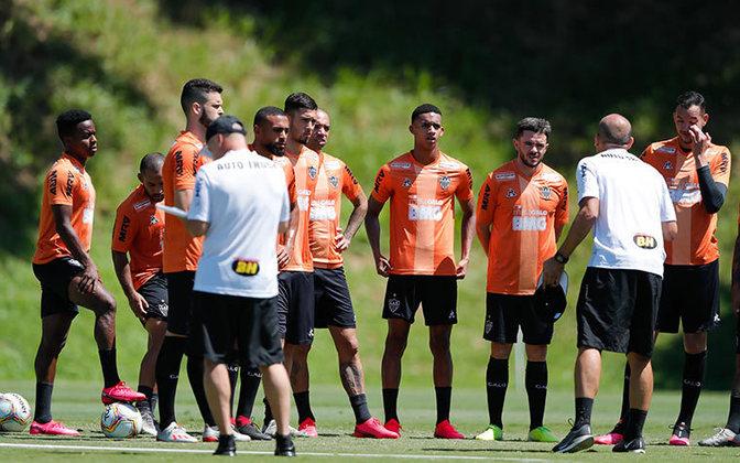 Em Minas, haveria uma reunião para tentar discutir uma data certa para a retomada nesta quarta, dia 10 de junho, porém o encontro foi adiado para o dia 17. A previsão, porém, é que o Campeonato Mineiro volte no final de julho ou início de agosto.