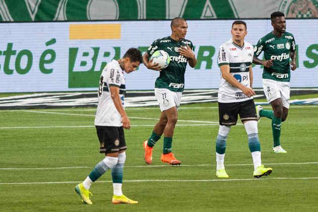 Em noite para esquecer, o Palmeiras jogou mal e perdeu para o Coritiba por 3 a 1, no Allianz Parque. Poucos foram os jogadores que se salvaram no duelo pelo lado do Palmeiras. O atacante Gabriel Veron balançou a rede e foi o melhor do time na partida. Veja as notas do jogo. (Por Nosso Palestra)