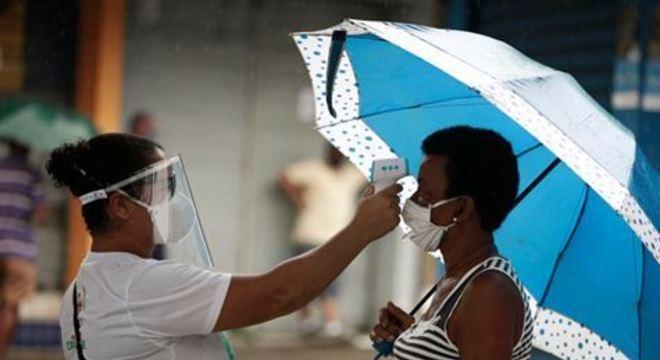 Em parceria com prefeituras, Operação Quarentena distribuiu 4 mil máscaras, 640 kits de higiene e aferiu temperaturas