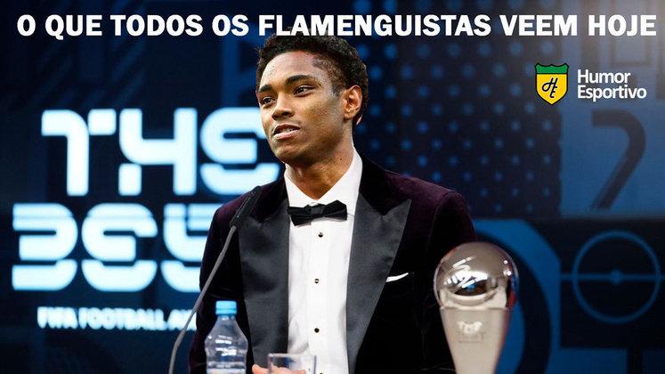 Em partida com duas viradas no placar e resultado definido nos últimos minutos, o Flamengo venceu o Bahia por 4 a 3 e assumiu a vice-liderança do Brasileirão. Na web, os rubro-negros comemoram muito o resultado e exaltaram Vitinho, autor do gol da vitória. Confira os memes! (Por Humor Esportivo)