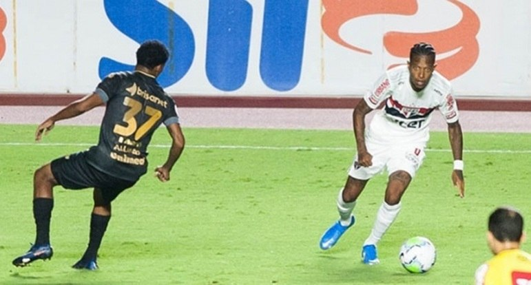 Em partida de muitas chances perdidas, o São Paulo tomou um susto ao tomar um gol do Ceará aos 47 minutos do segundo tempo, numa falha de Volpi. Entretanto, Luciano, que havia perdido muitos gols, marcou aos 51 e conseguiu um empate para o Tricolor. Veja as notas do São Paulo no LANCE! (por Redação São Paulo)