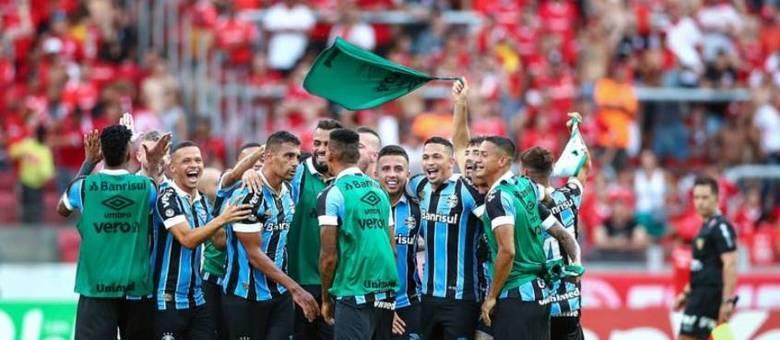 Após o Verdão, vem o outro finalista da Copa do Brasil: o Grêmio. O elenco do Tricolor gaúcho está avaliado em torno de R$ 603 milhões