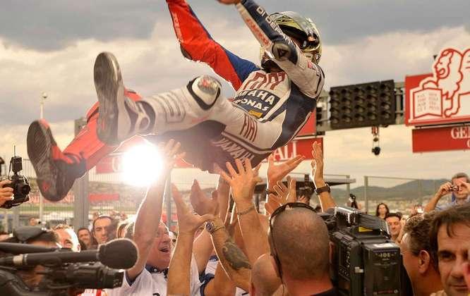 Em sua terceira temporada na MotoGP, Jorge Lorenzo tornou-se campeão na temporada 2011
