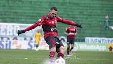 ATUAÇÕES: Matheuzinho comete falha fatal e recebe pior nota em derrota do Flamengo