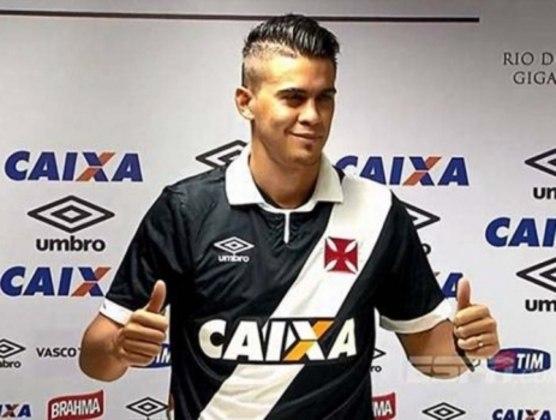 Emanuel Biancucchi - Primo de Messi e irmão de Maxi, Emanuel Biancucchi não disse a que veio com a camisa do Vasco em 2015. Realizou dez partidas, com dois gols marcados.