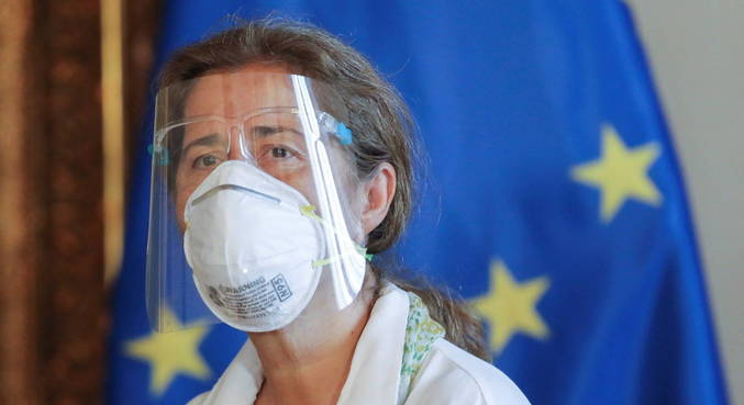 Prazo para embaixadora da UE deixar Venezuela terminou neste sábado (27)