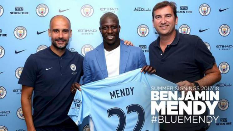 Embora tivesse atuado apenas uma temporada no Monaco, o lateral esquerdo Benjamn Mendy despertou o interesse de vários clubes na Europa. Mas foi o Manchester City que acabou por adquirir o passe do jogador em 2017.