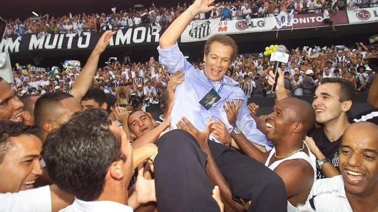 Emerson Leão - Técnico campeão brasileiro de 2002, o ex-goleiro não está dirigindo nenhum clube no momento.