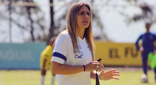 Emily assinou com a Federação do Equador contrato até 2023