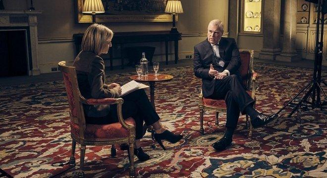 Em entrevista à BBC, príncipe Andrew falou sobre amizade com Jeffrey Epstein, bilionário americano acusado de tráfico sexual de menores