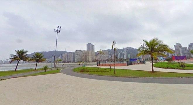 O Emissário Submarino tem pista de skate em homenagem ao Chorão