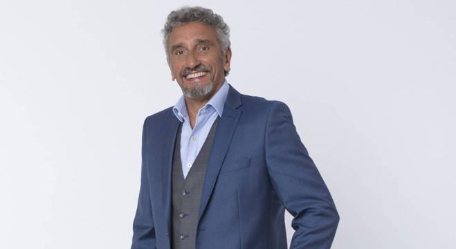 Emmanuel Bassoleil é um dos jurados da segunda temporada do reality gastronômico