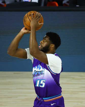 Emmanuel Mudiay (Utah Jazz) 4,0 - Mudiay ficou em quadra por nove minutos, sem produzir quase nada. Um ponto e um rebote