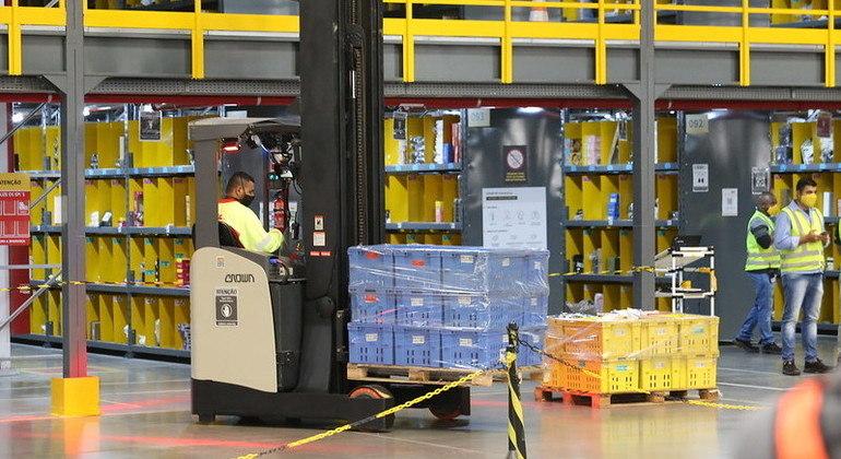 SP sela acordo com empresa de entregas para geração de 5 mil empregos