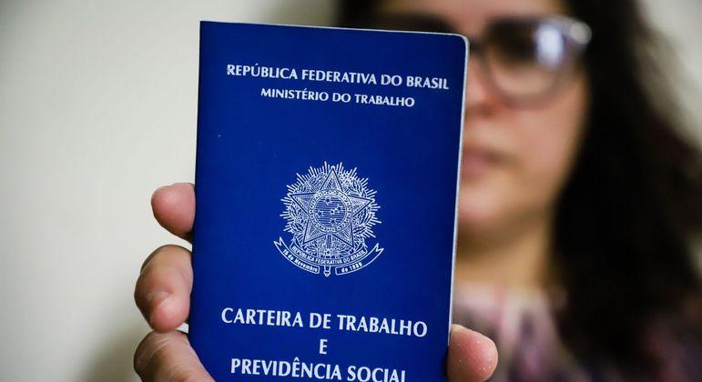 Brasil tem 14,8 milhões de desempregados, maior marca desde início da PNAD, em 2012