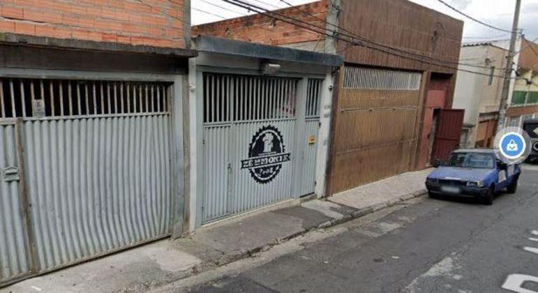 Empresário foi morto a tiros em bar na rua Alfenas, Jardim Campanário, em Diadema (SP)