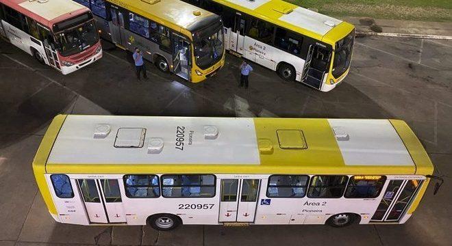 Empresas de ônibus, trasnporte coletivo, ônibus urbano