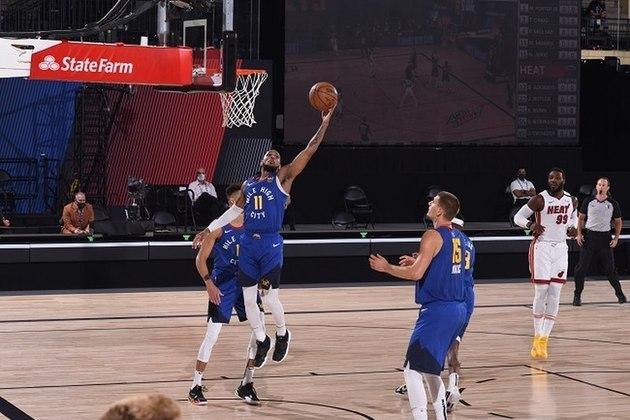 Encarregado de substituir Jamal Murray (Denver Nuggets) no quinteto titular, Monte Morris saiu de quadra com 13 pontos e cinco assistências em 28 minutos disputados. O armador, que está em seu terceiro ano na NBA, havia feito parte dos cinco iniciais em apenas oito oportunidades na atual campanha