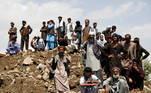 Em Parwan, ao norte da capital Cabul, 116 pessoas morreram, mais 120 ficaram feridas e 15 ainda estão desaparecidas, segundo autoridades locais e nacionais