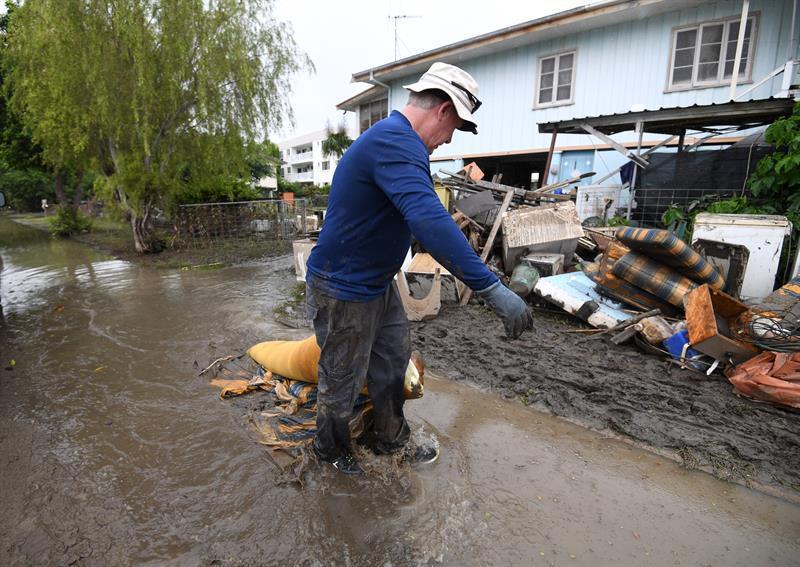 Austrália: enchentes afetam rebanhos e indústria de fertilizantes