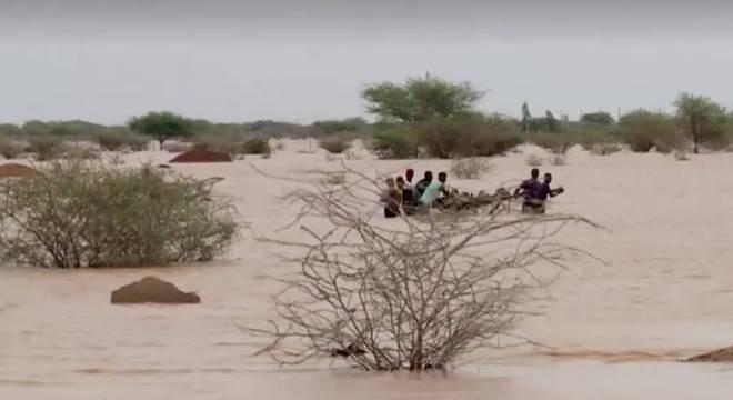 No verão passado as chuvas deixaram 78 mortos e milhares de desabrigados