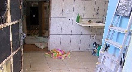 Corpo foi encontrado dentro de barracão
