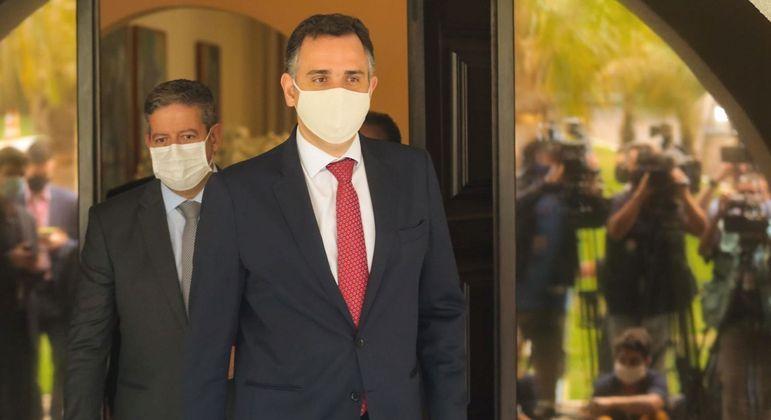 Rodrigo Pacheco, recém eleito presidente do Senado, evita dizer se pautará privatização da Eletrobras