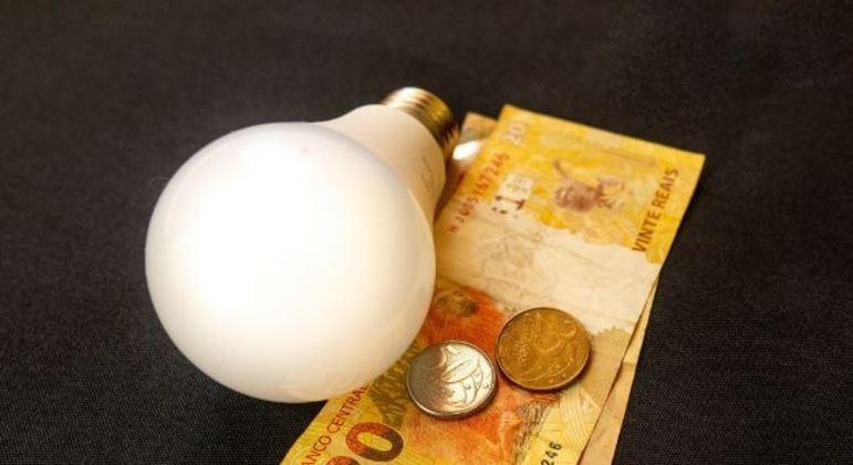 Enel promove 5 feirões em SP para renegociação e parcelamento de dívidas