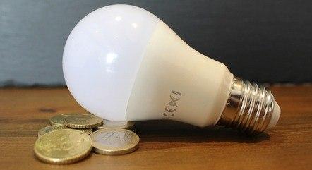 Conta de luz foi a vilã da prévia da inflação de julho