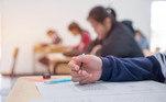 Segure a ansiedade: Inicie o exame somente após a autorização do aplicador.Aqueles que o fizerem antes dotempo poderão ser desclassificados
