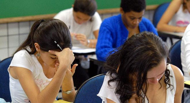 Estudantes sem isenção devem pagar taxa de R$ 85 para fazer o Enem 2019