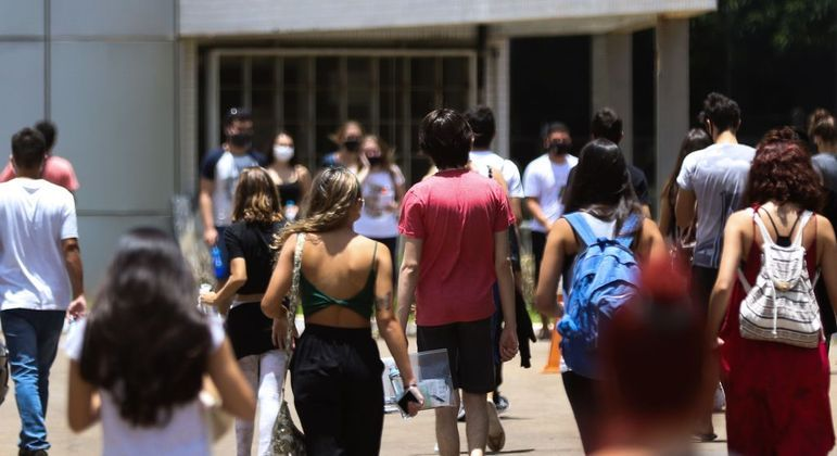 Enem: estudantes não podem entrar com recurso para pedir revisão da prova
