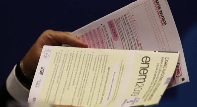 Advocacia-Geral da União contabiliza 41 ações questionando correção do Enem 2019