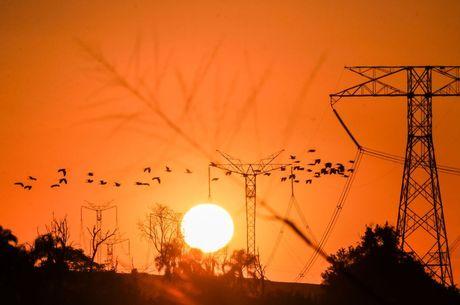 Medida que isentou baixa renda de pagamento de luz deixa de valer