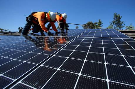 Uso de energia solar aumenta no Reino Unido