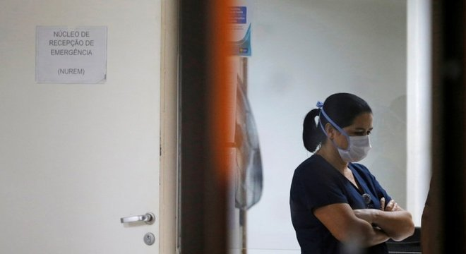 Plataforma  de empregos viu avanço de até 700% em vagas na área de enfermagem