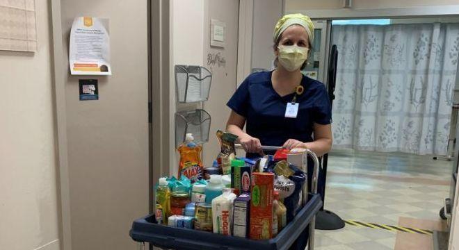 Despensa solidária tem servido para ajudar colegas em sufoco financeiro durante pandemia