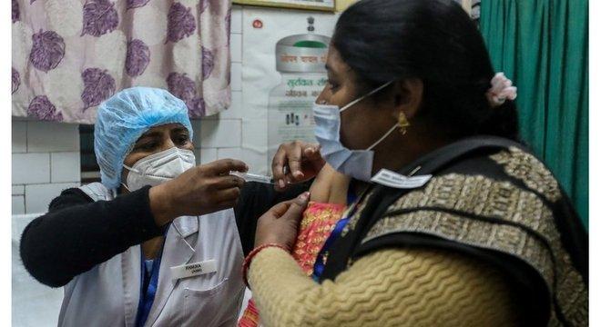 Procura por uma vacina contra o coronavírus na rede privada já começou